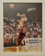 Magic Johnson (Lakers) Signed Framed 16x20 Photo -  Fanatics Authentication