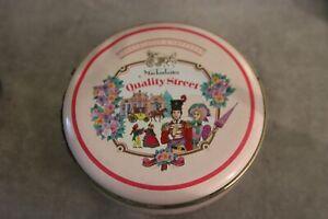 boite quality street box vintage  Années 80