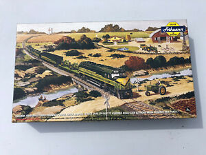 ATHEARN HO SCALE JOHN DEERE ACCESSORY BOX MIB 2000