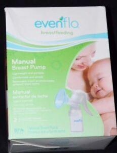 Evenflo  Breastfeeding Manual Breast Pump Breastpump w/ 2 Nursing Pads