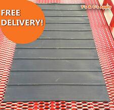 Rubber Horse Box Trailer Ramp Mat 7 ft Long x 4 ft Wide (2.1m Long x 1.2m Wide)