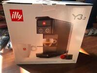 illy Y3.2 iperEspresso Espresso & Coffee Capsule Machine RED