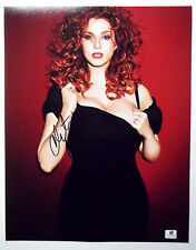 CHRISTINA HENDRICKS Signed Sexy 11x14 Photo Sultry Redhead Exposing Cleavage GAI