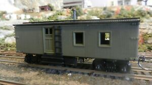 """Roundhouse MDC HO Old Time Unlettered """"Conductors""""s Car Caboose, Upgraded, Exc"""