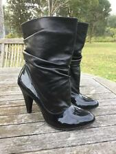 DESiGNER ViA MONTENAPOLEONE italy BLACK LEATHER PULL ON LUXURY ANKLE BOOTS 38 7