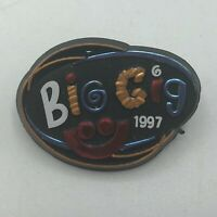 1997 Milwaukee Sumerfest Big Gig Plastic Admission Pin Vintage M3