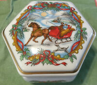 Heritage House Melodies Of Christmas Music Box Jingle Bells Vintage 1988