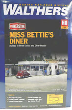 2919 Walthers Cornerstone Miss Bettie's Diner HO Scale Kit