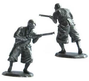 Pirate with rifle, XVII-XVIII cc. Tin toy soldier 54 mm. metal