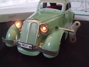 Voiture de collection Jouet en tôle Marklin limousine 1/12 moteur clé RARE 38cm