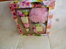 Garden of Eden Tea Rose Gift Set