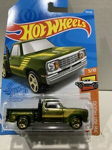 NEW Hot Wheels 1978 Dodge Lil Red Express Truck Treasure Hunt 2021 No 212 HTF