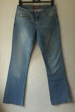 BNWT Ladies GUESS Jeans, size 31