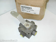 NEW HYDAC KH4-06NPT-L-1112-S0597 4-WAY BALL VALVE KH-06NPT-112-16X-S0597 NIB