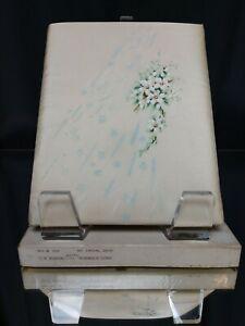"""NEW/NOS! 1940's ART DECO Wedding Album 8.5"""" x 7"""" C.R. Gibson White Satin Vintage"""
