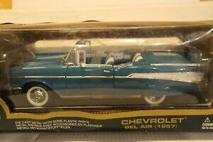 Road Legends 1957 Chevrolet Bel Air convertible