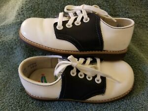 Stride Rite Classic Black White Saddle Oxford Toddler Shoes Size 8.5 D