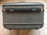 Vintage American Tourister Train Case Overnight Luggage Makeup Case