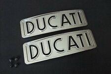Round case bevel DUCATI 750 GT fuel tank badge set