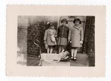 PHOTO 1955 Jeu Jouet Toy Doll Poupée Enfant Petite Fille Landau Poussette