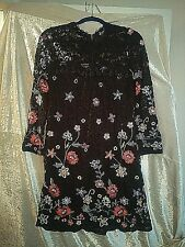 101 Idees Ladies Embroidered Lace Party/Occasion Dress. UK size M/L