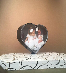 Spinning Rotating Heart 2 Pictures Photos Frame Light Pink Dark Pink White Black