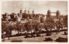 BR96601 the tower of london real photo valentine 219750 car voiture  uk
