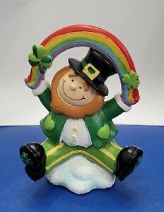 """St. Patrick's Day Leprechaun under Rainbow Figurine Shelf Sitter 4.75"""" New"""