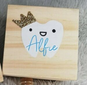 PERSONALISED WOODEN TOOTH FAIRY BOX. Add the Name of your choice.