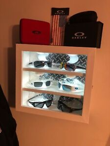 Oakley sunglass display case