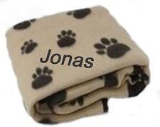 Fleecedecke hellbraun mit Namen bestickt Hundedecke mit Pfoten Welpen Hund Decke