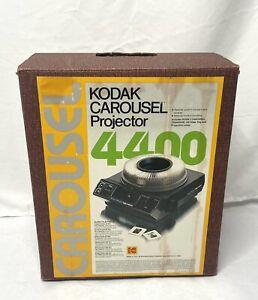 Kodak 4400 Carousel Slide Projector With Remote, 140 Slide Tray & Box Working