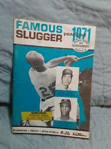 Famous Slugger Yearbook 1971: Johnny Bench, Alex Johnson, Billy Williams Article