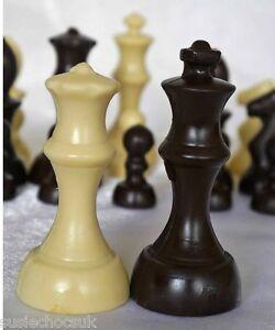 Belgian Chocolate Staunton Chess Set.32 pieces 3D.Hand-made.Lovely cake decor.