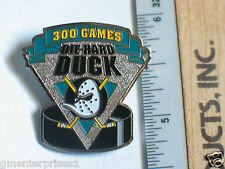 "Mighty Duck ""300 Games"" Die-Hard Duck iHockey Pin, Lapel Pin, Hat Tack, (B2)(**)"