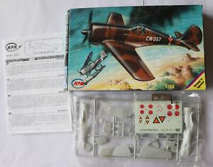 model aircraft kits 1/72 MPM Curtiss Wright CW-21B