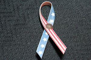 Longaberger AMERICAN PRIDE PIN MIB #12655