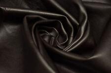 Synthetische Bezugsstoffe ohne Muster