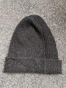 Zwillingherz 100% Cashmere Knitted Dark Grey Ribbed Beanie Hat. Unisex. New