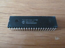PIC18F452-I/P Microchip 40 Pin DIL