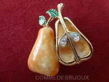 """Broche """"Poire en 2"""" dorée N° 3 Fruit Pépins Belle Hélène - Bijoux Vintage Sphinx"""