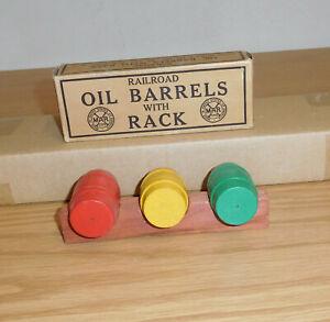 MARX TRAINS ORIGINAL RAILROAD OIL BARRELS with RACK BOXED TRAIN ACCESSORY PART