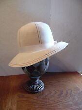 Vintage Cream Felt Rainbow Stitch Ladies Cloche Hat