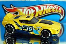 2016 Hot Wheels Race Aces Exclusive Fast Fish