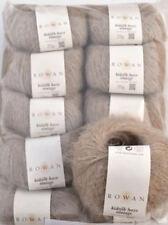 Handarbeits Garne aus Seide mit Textil-Packs