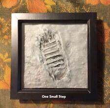 Apollo 11 bootprint on the Moon - 3D display
