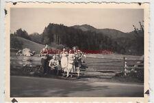 (F9844) Orig. Foto Wanderer an der Viehweide, bei Bad Wiessee 1936