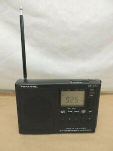 VINTAGE PORTABLE REALISTIC DX-370  FM / FM STEREO / MW / SHORTWAVE RECEIVER
