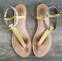 Country Road Womens Size 41 Casual Yellow Leather T-Bar Summer Sandals GUC