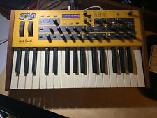 Dave Smith Mopho Keyboard (monophoner Analog-Synthesizer) top in OVP